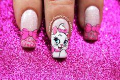 Decoracion de uñas gata Marie7-7 Wow Nails, Cute Nails, Uñas Zig Zag, Spring Nails, Summer Nails, Animal Nail Designs, Cat Nail Art, Nagel Art, Christmas Cupcakes