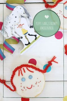 Pippi Longstocking Party Ideas Pippi Longstocking Party Ideas: Pippi Longstocking Baking Americans is not only a nice idea for a P Kindergarten Party, Pippi Longstocking, Christmas Party Invitations, Partys, American Food, Food Design, Diy Food, Christmas Fun, Kids Rugs