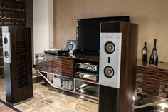 High end audio audiophile Burmester system / by Pinovisci, via Flickr