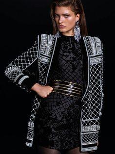 Vielleicht sogar DAS Statement-Piece aus der Kollektion: Perlenbesetzter Blazer von Balmain for H&M.