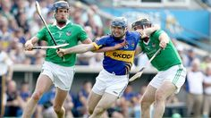 Tipperary hurler Eoin Kelly in action against Limerick - May 2012 Sports Stars, Ireland, Legends, Bunny, Action, Hero, Football, Celebrities, Photos