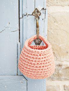 35% Off On November 11th, Buy Yarn To DIY : http://www.aliexpress.com/store/1687168 Pattern Crochet Hanging Basket | Soulmade