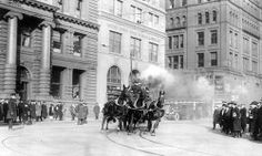 1922 the last horse drawn fire truck in New York city.