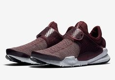 This Night Maroon Colorway Of The Nike Sock Dart Will Release This Fall