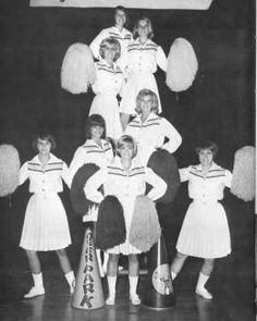 cheerleaders 1970s - so popular, so beautiful