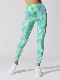 TIE DYE RIBBED 7/8 LEGGING Workout Attire, Blue Tie Dye, Sports Leggings, Workout Tops, Blue Green, Fitness Outfits, Crop Tops, Stylish, Pants