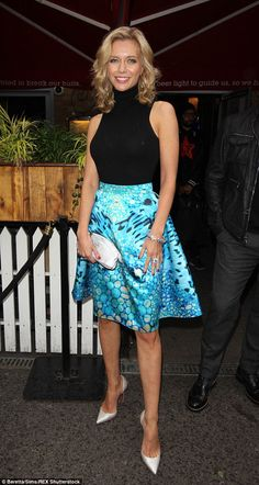 Golden girl: The presenter styled her blonde curls in perfect Hollywood curls and set off her look with a dazzling bracelet and ring Rachel Riley Countdown, Rachel Riley Legs, Racheal Riley, Skirt Outfits, Cool Outfits, Hollywood Curls, Tv Girls, Vogue, Classy Women
