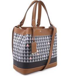 0427dc465 Emma Triangle - Personalização Bag Charm Bolsa Schutz, Estampas, Balde Saco,  Preto,