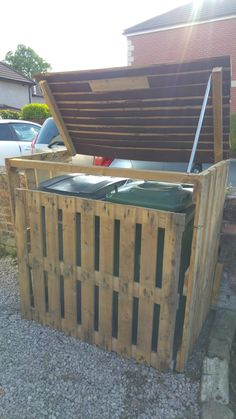 Pallet Garbage Bin Storage Shed                                                                                                                                                      More