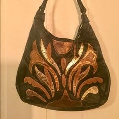 Handbags - Awesome 80's gold and black faux leather purse!
