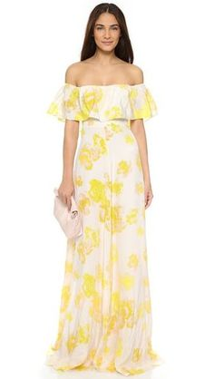 ¡Cómpralo ya!. Amanda Uprichard Delilah Dress - Yellow Rose. An off shoulder Amanda Uprichard dress in a floral print silk. A flouncy panel details the bodice. Smocked side gussets. Hidden back zip. Lined. Fabric: Plain weave silk. Shell: 100% silk. Lining: 100% polyester. Dry clean. Made in the USA. Measurements Length: 60.25in / 153cm, from shoulder Measurements from size S. Available sizes: M,P,S , vestidoinformal, casual, informales, informal, day, kleidcasual, vestidoinformal…