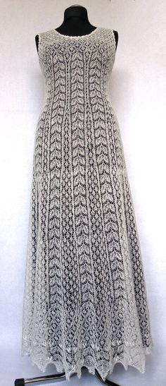 Uma obra de arte! Vestido de noiva tecido à mão de Liina Rees.