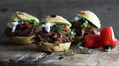 Ukens matblogg: Langtidsstekt lam med myntesalat og tzatziki