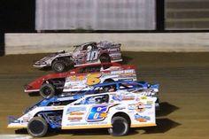 UMP Dirt Modifies, Four Wide at Kentucky Lake Motor Speedway.