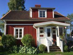 Sjösala , Südschweden in Hylte Ö: 2 Schlafzimmer, für bis zu 4 Personen. Ab in den Norden - Zwei Ferienhäuser direkt am See in Südschweden | FeWo-direkt