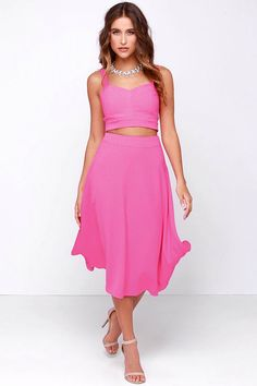 """Two Piece Pink Dress ... This season we've noticed there's bright looks on the runway as well as bold prints – every fashion stone is unturned this spring. Try a few of these looks as you revamp your fashion closet.  Read article """"FLORALS, PASTELS AND NEONS: ON FIRE WITH SPRING DRESSES"""" #ontheblog via www.MONICABYRD.com  #SpringDresses #HauteSpring #NeonandFlorals #Pastels #HauteMom"""
