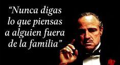 "10 frases emblemáticas de ""El Padrino"" Marlon Brando, Comic Movies, Good Movies, Mafia, Pablo Escobar Frases, Great Quotes, Me Quotes, Don Corleone, Positive Phrases"