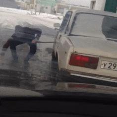 Opening a Car Door... http://ift.tt/2sdBGBk
