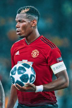 Pogba may not have much longer in a red shirt, sad to say. Mourinho should go before he does. Pogba may not have much longer in a red shirt, sad to say. Mourinho should go before he does. Best Football Players, Football Is Life, Soccer Players, Football Soccer, Paul Pogba Manchester United, Manchester United Players, Cr7 Messi, Neymar, Pogba Wallpapers