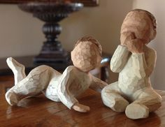 New willow tree statues 39 ideas Willow Tree Statues, Willow Figurines, Willow Tree Figures, Willow Tree Angels, Christmas Tree Wallpaper, Christmas Tree Background, Willow Tree Tattoos, Pine Tree Tattoo, Biscuit