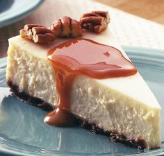 Creamy Vanilla Caramel Cheesecake (believe it or not... this is a low fat, healthier version of the real thing). #recipe