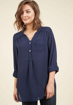 Pam Breeze-ly Tunic in Navy. When you want a work wardrobe thats subtle, stylish, and a little bit romantic, make this breezy, navy blue blouse your business! #blue #modcloth #blouses