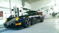 Porsche 911 Carrera (964) www.butzigear.com | @butzigear #butzigear #porsche…