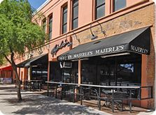 One time star of the Phoenix Suns has a fantastic sports bar worth checking out