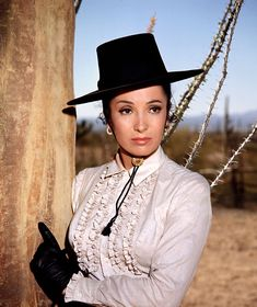 """Linda Cristal in """"The High Chaparral"""" TV Hollywood Actresses, Actors & Actresses, Hollywood Stars, The High Chaparral, Tv Westerns, Star Wars, Western Movies, Classic Beauty, Western Wear"""