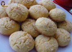 Susamlı Hindistan Cevizli Kurabiye - Leziz Yemeklerim Hamburger, Bread, Cookies, Desserts, Food, Drinks, Recipes, Cook, Crack Crackers