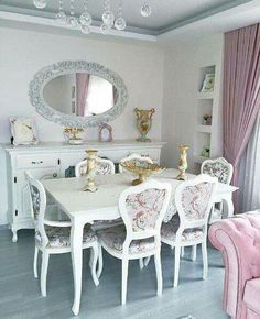 Nostaljik esintilerle, Hilal hanımın zarif ve renkli evi. We are the guests of a newly married coup Pink Dining Rooms, Shabby Chic Dining Room, Elegant Dining Room, Country Furniture, Home Decor Furniture, Shabby Chic Furniture, Shabby Chic Decor, Furniture Projects, Modern Furniture