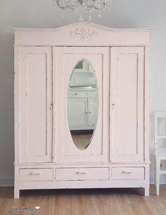http://www.suendenherz.de/  #wardrobe , #pink  #shabby