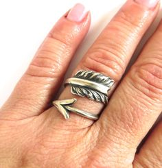 Steampunk Feathered Arrow Ring Sterling Silver Ox di BellaMantra