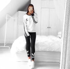 ✧ stay gold, bold, and вєαυтιfυℓ ✧ ↠{sydney Sport Fashion, Teen Fashion, Fashion Outfits, Womens Fashion, Fashion Trends, Sporty Outfits, Cool Outfits, Mode Adidas, Adidas Outfit