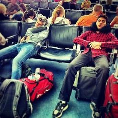 Max and Nev napping at the airport. probably tired from mending broken hearts all around the world Catfish Tv, Catfish The Tv Show, Nev Schulman, Pleasing People, Squad Goals, Reality Tv, Johnny Depp, Good People, Mtv