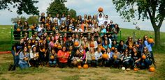 Sisterhoods at a pumpkin patch or apple orchard make for fall fun! Just ask Gamma Kappa Chapter!