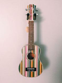 very pretty and unique ukulele Ukulele Art, Ukulele Songs, Music Guitar, Guitar Art Diy, Painted Ukulele, Painted Guitars, Ukulele Design, Guitar Photography, Guitar Painting