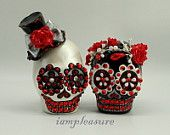 Skull black & white weddings cake topper handmade Crown of red roses bride and groom ST0016
