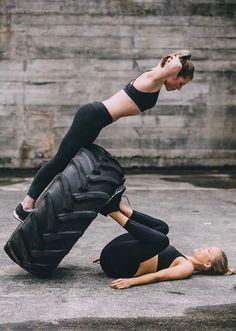 """Fitness """"hubs"""" offer a variety of workout classes for members, all under one roof. Here's why this gym trend could dominate boutique fitness in NYC. Fitness Logo, Fitness Workouts, Yoga Fitness, Fitness Park, Sport Fitness, Group Fitness, Fitness Goals, Health Fitness, Fitness Friends"""