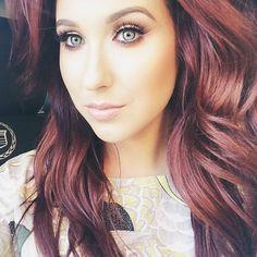 Jaclyn Hill – Professional Makeup Artist