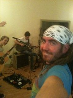 Matt taking a selfie, Hunter photobombing!! THIS IS THE AWESOMEST PICTURE I'VE EVER SEEN!