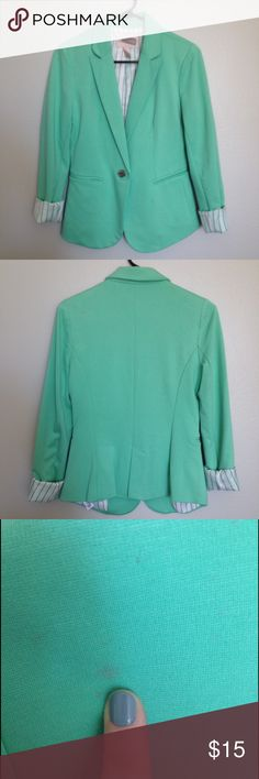NWOT Forever 21 Contemporary Knit Blazer Forever 21 Contemporary blazer, made of a thick knit jersey material. Fun bright mint/aqua color with white pinstripe lining. Never worn, but had a small stain on back shoulder area, as shown in 3rd photo. So cute for Spring & Summer! Forever 21 Jackets & Coats Blazers