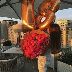 Champagnemisha more 20 diy birthday gifts to make for your best friend Birthday Goals, 18th Birthday Party, Birthday Bash, Birthday Celebration, 17th Birthday Gifts, Birthday Presents, Birthday Girl Pictures, Birthday Photos, Spa Day Gifts