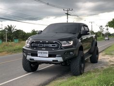 Ford Ranger Truck, Ford Ranger Raptor, 4x4 Trucks, Ford Trucks, Ford Rapter, Ford Endeavour, Ford Ranger Wildtrak, Looks Country, Isuzu D Max