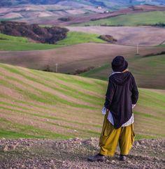 This Kaliyana girl is exploring #tuscany #beautifuldestinations #beautifulapparel #lagenlook #fashion #canadafashion