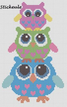 3 Owls ___ Mom Owl Stands w Girl Owl on Her HEAD & The Girl Owl Has a Baby Owl on Her HEAD___ Square Stitch *or* Loom Work ____ I will definitely use this owl cross-stitch pattern someday!- no link Cross Stitch Owl, Cross Stitch Animals, Cross Stitch Designs, Cross Stitching, Cross Stitch Embroidery, Cross Stitch Patterns, Hand Embroidery, Free Cross Stitch Charts, Owl Patterns