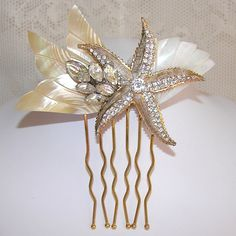 If I had little mermaid themed wedding, or disney themed, oh so cute, and I prefer the sea star to be like aquamarine.