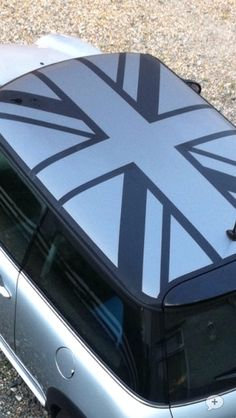 Love this roof design on Mini CooperS