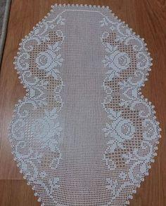 Crochet Patterns Filet, Filet Crochet, Crochet Designs, Crochet Tablecloth, Crochet Doilies, Crochet Roses, Unique Crochet, Chocolate Decorations, Bargello
