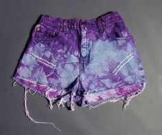 seriously i'm so obsessed with tie dye shorts